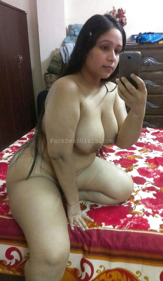 bhabhi ki nangi photos Indian