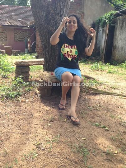 Wife legs indian spread