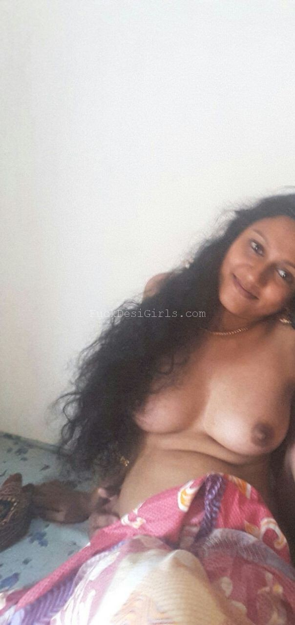 Can Nude wet desi girls