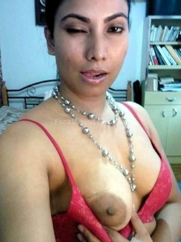 Bhabhi Ki Suhagrat Ki NUDE Chudai Photo Naked